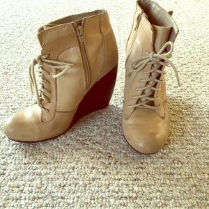 Seychelles tan booties, size 7